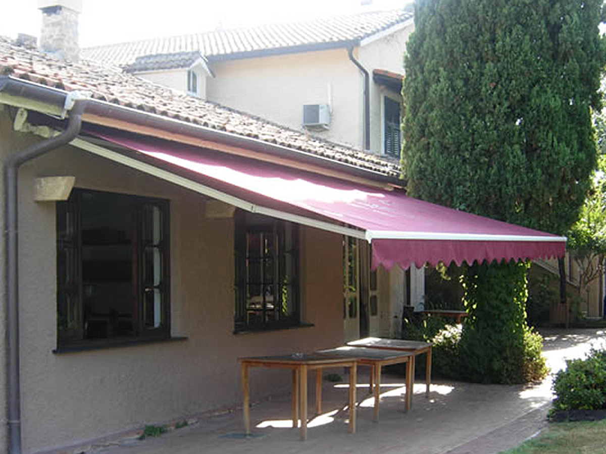 Toldo brazo invisible for Toldos de brazos invisibles